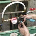 Бытовые счетчики на воду, их типы, маркировка и способы установки