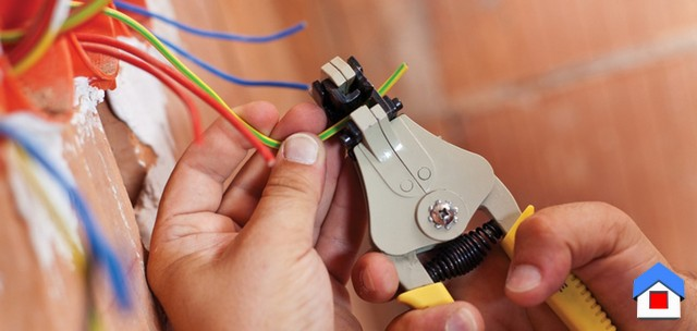 работа электрика при ремонте квартиры монтаж