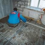 Стяжка пола в квартире: технология цементно-песчаной стяжки