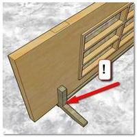 Приспособление для работ при установке двери