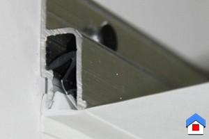как крепится натяжной потолок: как его снять