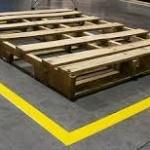 Грамотная разметка пола на складе: гарантия безопасности работы