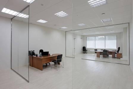 Стеклянные перегородки в дизайне помещения