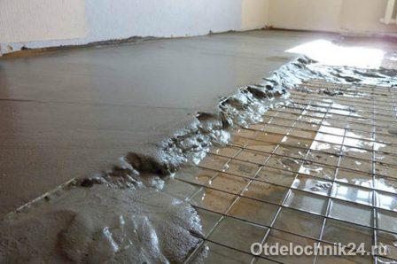 правильная стяжка пола в квартире: мокрая ЦПС