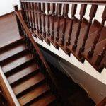 Факторы влияния на стоимость деревянных лестниц