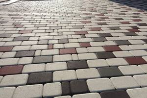 очистить тротуарную плитку от цемента